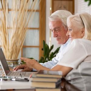 elderly-laptop